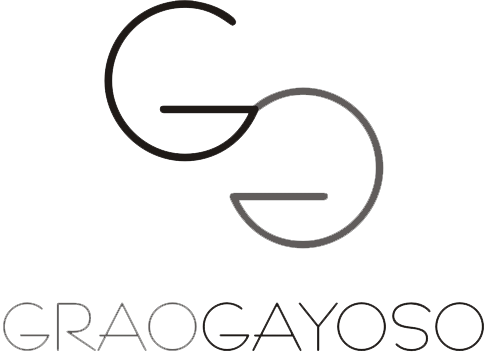 Grao-Gayoso. Glasses and jewelry